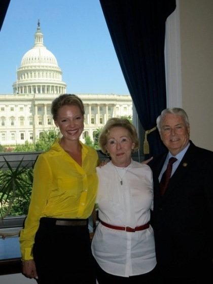 Katherine Heigl, Nancy Heigl & Congressman Elton Gallegly (R-CA)